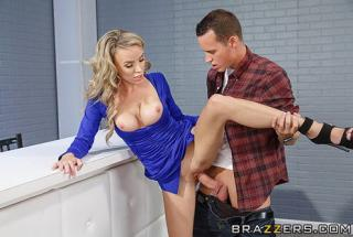 Brazzers - Big Tits At Work - Forecasting Several Inches